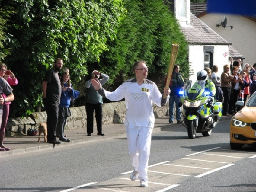 Olypmic Torch at Crook of Devon